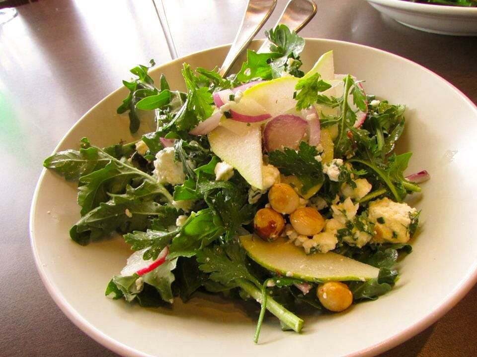 It might only be a side, but this rocket salad rocks! Local pear & Cleanslate Produce rocket w hazelnut & goat's feta.