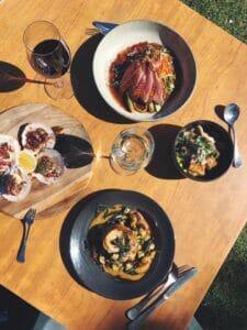 Victory restaurant dining